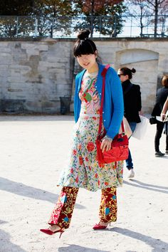 Susie bubble in vibrant florals-  I love people who Do What They Want in regards to fashion.