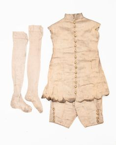 Childs complete outfit with provenance 1926.