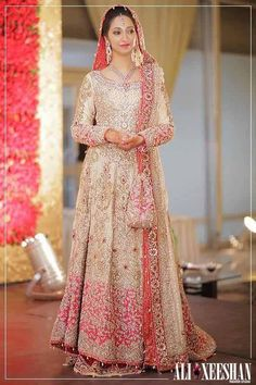 Ali Xeeshan Bridal Wear Latest Collection for Ladies (7)