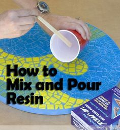 We love to use clear resin in mosaic projects to let the color of the tiles show through. Just follow these simple steps to mix and pour resin.