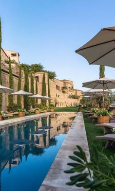 13 Best Hotel Pools in the World
