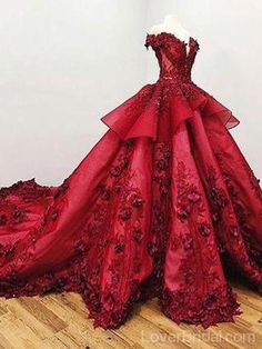 2018 Chic Ball Gown V Neck Beads Appliques Red Off-the-Shoulder Long Prom Dresse. - 2018 Chic Ball Gown V Neck Beads Appliques Red Off-the-Shoulder Long Prom Dresses uk - Red Ball Gowns, Ball Gowns Prom, Pageant Gowns, Ball Gown Dresses, Ball Gowns Fantasy, Vintage Ball Gowns, Vintage Dress, Long Prom Dresses Uk, Princess Prom Dresses