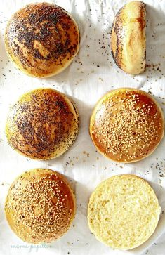 Panecillos de hamburguesa - Brioche Burger Buns Receta Pan Brioche, Brioche Bread, Bread Recipes, Real Food Recipes, Cake Recipes, Brioche French Toast, Food Lab, Pan Dulce, Pan Bread