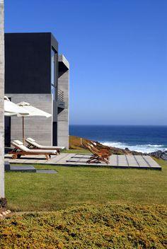 Летний дом на берегу океана в Чили
