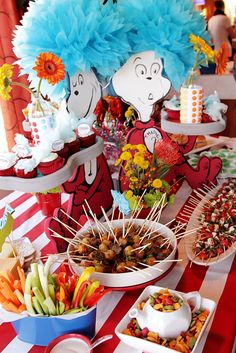 Photography by Matt McKain I contributed to a whimsical baby shower for Danielle McKain, the daughter of Matt and Kim McKain. The theme was built around Dr Suess, and we had oodles of fun dr… Thing 1 Thing 2 Party, Twin Birthday Parties, Dr Seuss Birthday Party, Baby 1st Birthday, Birthday Ideas, Dr Seuss Cupcakes, Dr Suess Baby, Dr Seuss Baby Shower, T1 T2
