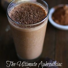 Aphrodisiac Smoothie with Cacao and Maca
