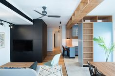 Completed in 2016 in Tel Aviv-Yafo, Israel. Images by Gidon Levin. The creation of two dividable public areas was the foundation of planning this family apartment in central Tel Aviv. The apartment was extended and...