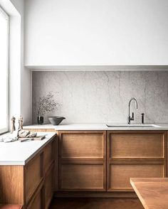 #Kitchen #Marble #Wood #LessIsMore #Contrast #Light #Shadow - Architecture and Home Decor - Bedroom - Bathroom - Kitchen And Living Room Interior Design Decorating Ideas - #architecture #design #interiordesign #homedesign #architect #architectural #homedecor #realestate #contemporaryart #inspiration #creative #decor #decoration