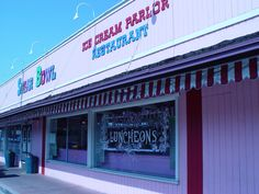 Sugar Bowl, a retro ice cream parlor in Old Town Scottsdale
