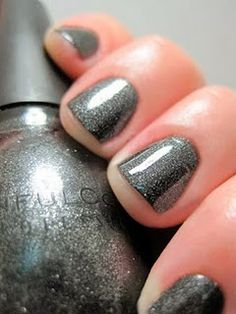 Sinful Colors Secret Admirer - Awesome color !