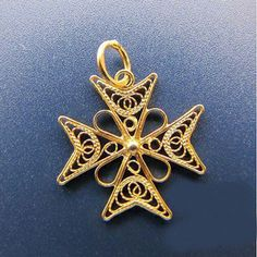 Maltese cross 3d pendant 9ct gold imported from malta maltese cross 3d pendant 9ct gold imported from malta maltesecross maltesecrosspendant gold precious metal pinterest maltese cross maltese mozeypictures Image collections