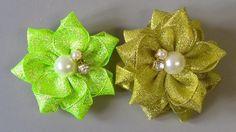 2 modelos de Flores de fitas - 2 Ribbon Flower Patterns