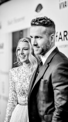 Blake Lively ♥ Ryan Reynolds