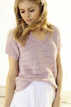 Free Knitting Pattern for an Easy Summer Tee. Ladies tee knitting pattern with rows of garter and drop stitch.