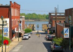 Themis Street in downtown Cape Girardeau, Cape Girardeau Missouri, Flood Wall, Old Pictures, Wonderful Places, Old Town, Places Ive Been, South Africa, Street View, Live Today