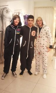 idk if i pinned this if i did sry but i love onsies!!!