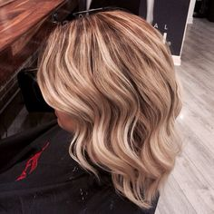Another balyage beauty here by Michelle and loving these cute curls by Rachel. For bookings please call 01-2180872