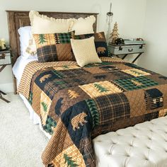 Your Life Style Brown Bear Cabin Queen Quilt Set by Donna Sharp - American Heritage Textiles comfortably in this soft, machine quilted colorful medallion themed bedding collection. Each set comes with quilt and coordinating pillow shams tha King Quilt Sets, Queen Quilt, Bedroom Themes, Bedroom Decor, Bedroom Ideas, Bedroom Bed, Bed Room, Bed Styling, A 17