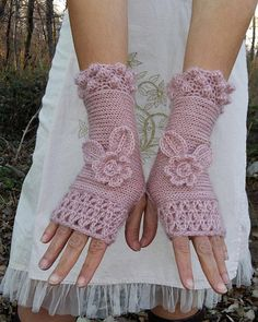 ROSES Elegant fingerless gloves gently knitted and crochet in light weight and warm wool/mohair/acrylic yarn. Crochet edges make them elegant and chic, and they are long enough to be practical and wearable... Graceful and delicate, these gloves are inspired from the pure first love