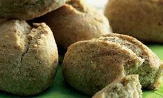 Saftige rugboller opskrift - Hendes Verden - ALT.dk Muffin, Cookies, Breakfast, Desserts, Crack Crackers, Morning Coffee, Tailgate Desserts, Deserts, Biscuits