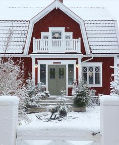 🌟Tante S!fr@ loves this📌🌟 Nordic Home, Scandinavian Home, Red Houses, A Frame House, Front Door Colors, House Extensions, Cozy Cottage, My Dream Home, Exterior Design
