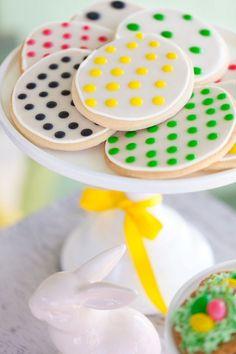 Easter Egg Hunt + Egg Decorating Party for HGTV | The TomKat Studio