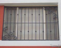 imagen de modelo de verjas de hierro con diseño artístico
