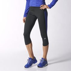 Created for comfort, these fitted three-quarter-length women's running tights will help you glide through any run. Soft, lightweight climalite® fabric carries sweat away from your skin.