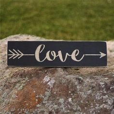 Love Arrow Sign | Romantic gifts for long distance boyfriend 10th Anniversary Gifts, Boyfriend Anniversary Gifts, Boyfriend Gifts, Cool Gifts, Best Gifts, New Mom Gift Basket, Long Distance Relationship Gifts, Distance Gifts, Long Distance Boyfriend