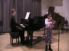 Santa Cruz YCMC 2012: […] Bach Sonata (BWV 1017); Bach Sonata in C minor (1st movement) in Santa Cruz Youth Chamber Music Competition at UC Santa Cruz […]  distracted by her ear pain during the performance. Instructors: Astrid Huala (violin)—See more of this young violinist #from_musicr06v08