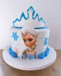 Frozen cake  Gâteau Reine des neiges Frozen Cake Designs, Gaia, Birthday Cake, Cakes, Desserts, Food, Birhday Cake, Birthday Cakes, Meal