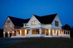 cool 60 Modern Farmhouse Exterior Design Ideas https://homedecort.com/2017/05/60-modern-farmhouse-exterior-design-ideas/