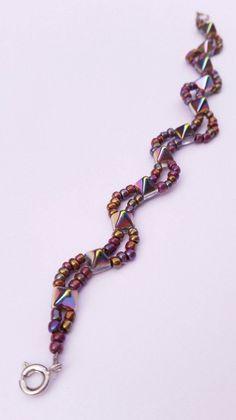 Bracelets – Stud Bead and Metallic Seed Bead Wave Bracelet – a unique product by ninjachipmunk. Via en.DaWanda.com.