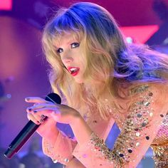 Taylor Swift Dancing, Taylor Swift Music, Taylor Swift Hair, Taylor Swift Facts, Taylor Lyrics, Prince Royce, Red Taylor, Jesy Nelson, Keith Urban