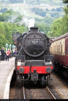 Net Photo: 45428 British Railways Steam at Grosmont, Yorkshire, United Kingdom by Graham Williams Steam Trains Uk, Heritage Railway, British Rail, Old Trains, Train Engines, Steam Engine, Great British, Steam Locomotive, North Yorkshire