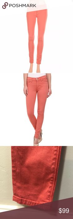 """Hudson Jeans Nico Midrise Super Skinny Jeans. B102 Hudson Jeans Nico Midrise Super Skinny Jeans. 28"""" waist 9"""" rise 30"""" inseam. 93% Cotton 3% Polyester 2% Lycra. Soft fabric. Salmon colored Hudson Jeans Jeans Skinny"""
