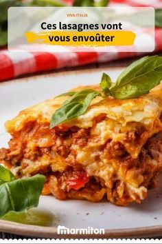 The recipe for homemade lasagna. An absolutely delicious Italian dish recipe that is resolutely easy to make Italian Snacks, Italian Dishes, Italian Recipes, Easy Smoothie Recipes, Healthy Crockpot Recipes, Cooking Recipes, Pasta Dishes, Food Dishes, Healthy Lasagna