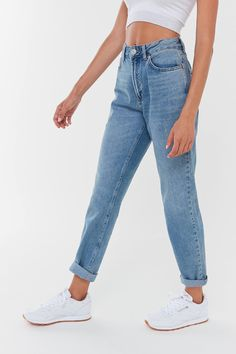 Fashion Women Jeans Big Star Jeans Carrot Fit Jeans Cheap Jeans For Me – rosewew High Rise Mom Jeans, High Waisted Mom Jeans, High Jeans, Vintage High Waisted Jeans, Short Jeans, Vintage Mom Jeans, Dinner Outfits, Casual Work Outfits, Cute Outfits