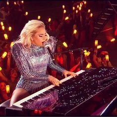 Lady Gaga was flawless last night. Gosh, she's incredible. At least something about the Super Bowl wasn't disappointing. Atlanta won the popular vote at least...deja vu (: <3
