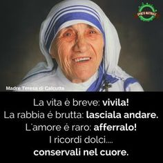 #aforismi #frasi #citazioni #spiritonaturale Maria Teresa, Best Quotes Ever, Italian Quotes, Motivational Phrases, Ernest Hemingway, Mother Teresa, Looking For Love, Pope Francis, Memories