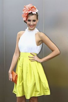 Spring Racing Carnival - White Top & Yellow Aline Skirt with Yellow Wedges Melbourne Cup Dresses, Melbourne Cup Fashion, Race Day Outfits, Races Outfit, Race Day Fashion, Races Fashion, Carnival Dress, Spring Racing Carnival, Race Wear