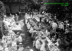 Men, women, children at picnic VPL Accession Number: 18298 Date: 192- Photographer/Studio: Thomson, Stuart http://www3.vpl.ca/spe/histphotos/