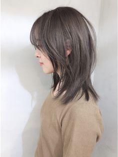 乾かすだけで決まるマッシュウルフ_コンマヘアエアリーミディ:L034926577|ノク(nok)のヘアカタログ|ホットペッパービューティー Japanese Short Hair, Asian Short Hair, Japanese Hairstyle, Asian Hair, Japanese Haircut, Edgy Short Hair, Medium Hair Cuts, Medium Hair Styles, Curly Hair Styles