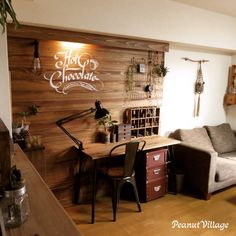 女性で、、家族住まいの作り方はブログに載せてます☆/LEDライト/間接照明/板壁/机DIY/DIY…などについてのインテリア実例を紹介。