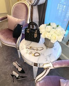 Rich Girl Bedroom, Baby Christmas Photos, Luxe Life, Lady Dior, Luxury Bags, Dream Life, Luxury Lifestyle, Girly Things, Pink