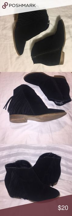 Black Genuine Suede fringe boot New 🎉 from the original box and haven't been worn before. Womens Mudd Venice Black Leather Fringe Fashion Boots Size 7.5.  Genuine Suede. These fringed boots are styled perfectly with some rolled up skinny jeans and a sweater. Mudd Shoes Ankle Boots & Booties