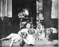 https://flic.kr/p/bp2Lfz | meisje honden   1912 | Illustratie tijdschrift Buiten