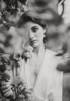 Wedding Photography Poses Pretty photo of the Fine Art Wedding Photography, Wedding Photography Inspiration, Portrait Photography, Fashion Photography, Photography Aesthetic, Photography Ideas, Bride Photography, Stunning Photography, Digital Photography