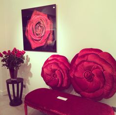 Gallery opening - Roses are Red