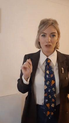 Women Ties, Suits For Women, Satin Shirt, Shirts, Fashion, Moda, Jumpsuits For Women, Fashion Styles, Dress Shirts